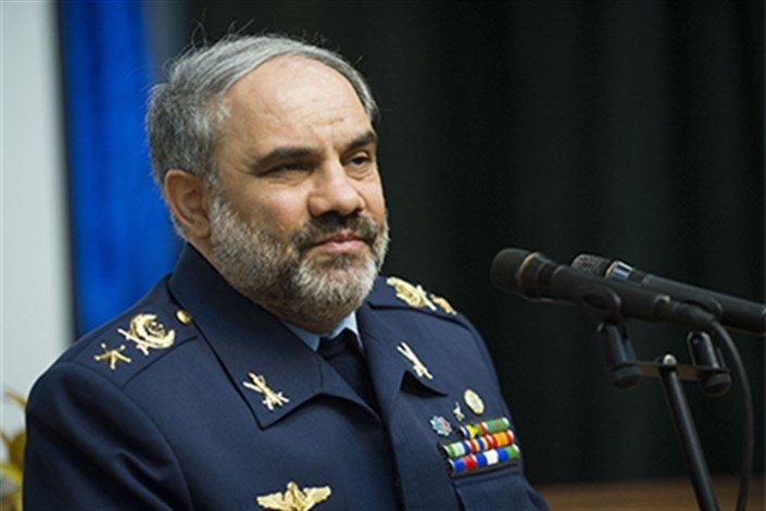 فرمانده نیروی هوایی ارتش از پایگاه وحدتی دزفول بازدید کرد