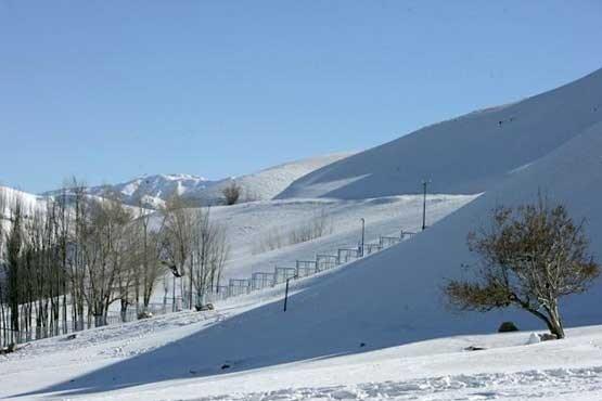 ارتفاعات دزفول در نیم متر برف فرو رفت