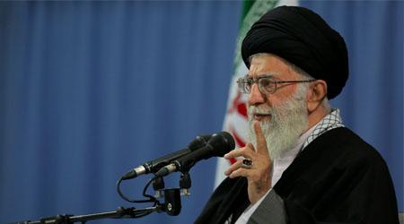داعش را برای شکست ایران ساختند  / تعرض به شیخ عیسی قاسم حماقت و بلاهت است