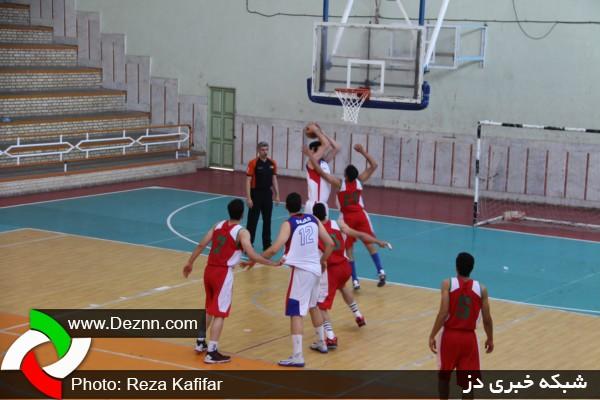 مسابقه بسکتبال شهرداری دزفول مقابل مهرام تهران