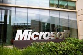 مایکروسافت از ابتدای تاسیس تاکنون چقدر درآمد داشته است؟